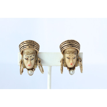 Selro Princess Clip Earrings