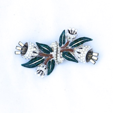 Coro Duette Rhinestone Tremblant Enamel Fur Clip Pin