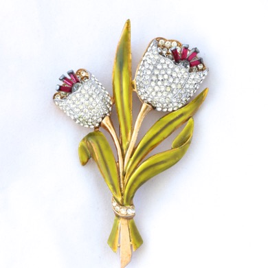 Coro Tremblant Enameled Tulip Pin